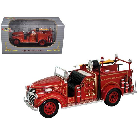 1941 GMC Fire Engine Truck Red 1/32 Diecast Model Car by Signature Models - image 1 of 1