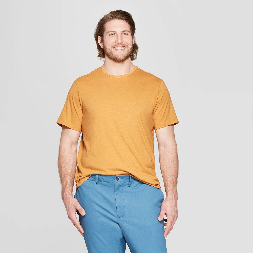 Men's Big & Tall Standard Fit Short Sleeve Lyndale Crew T-Shirt - Goodfellow & Co Squash 2XB