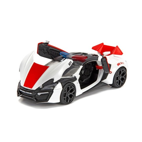 Hyperspec Diecast Lykan Hypersport White Police - 1:24 Scale - image 1 of 4