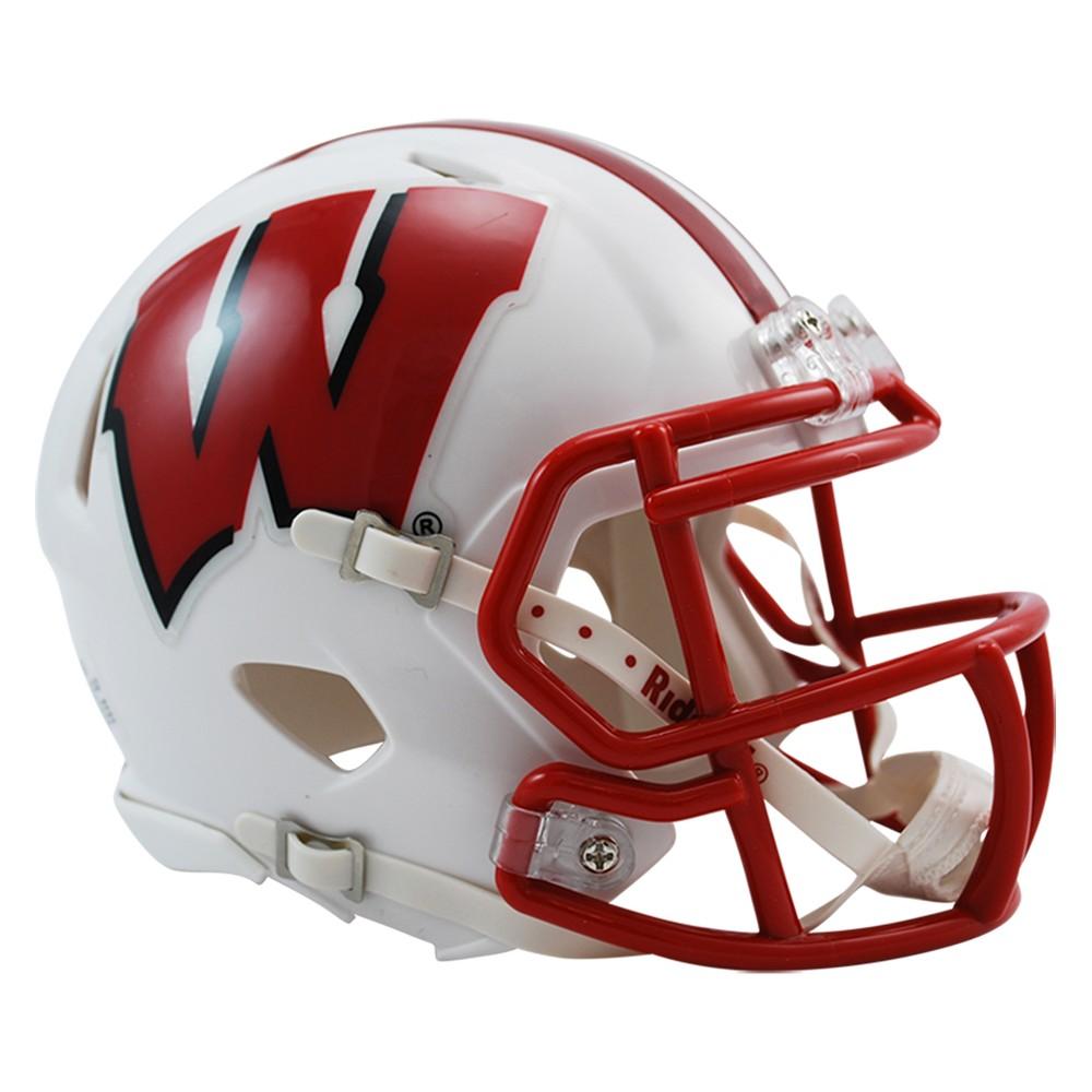 Ncaa Wisconsin Badgers Plastic Sports Memorabilia