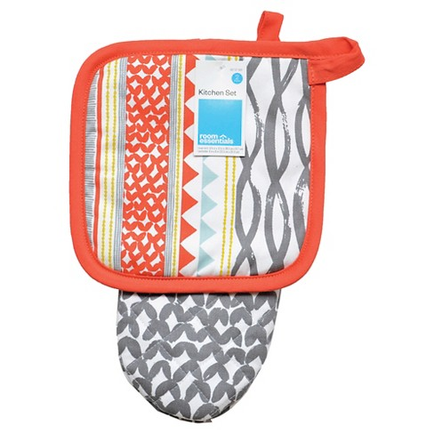 Coral & Gray Patterned Oven Mitt/Pot Holder - Room Essentials™ - image 1 of 1