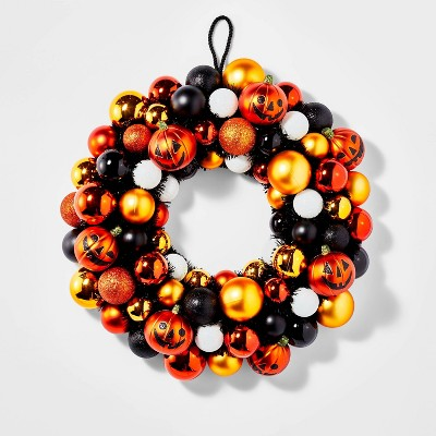 "17"" Shatterproof Ornament Halloween Wreath - Hyde & EEK! Boutique™"