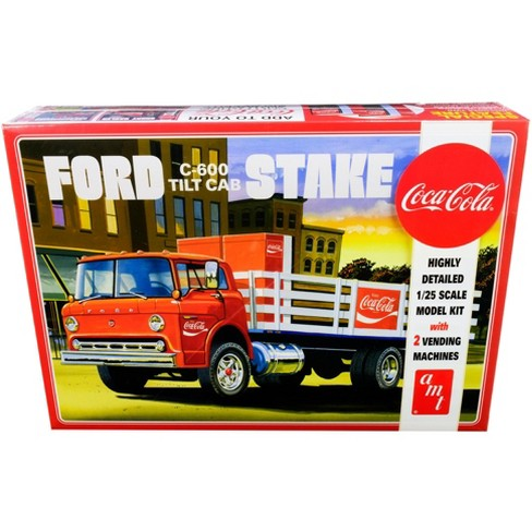 """Skill 3 Model Kit Ford C600 Stake Bed Truck with Two """"Coca-Cola"""" Vending Machines 1/25 Scale Model by AMT - image 1 of 4"""
