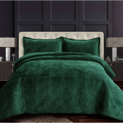 Capri Medallion Velvet Oversized Solid Quilt Set - Tribeca Living