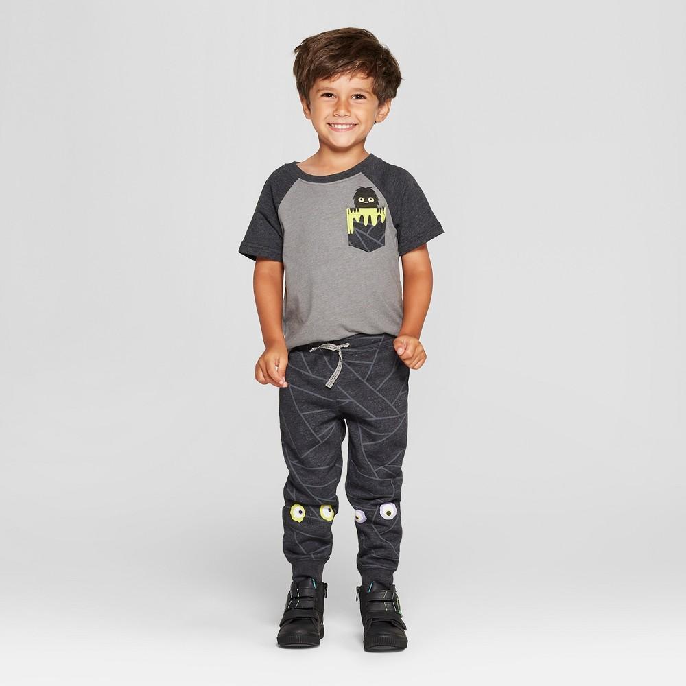 Toddler Boys' Pocket Creeper T-Shirt and Jogger Set - Cat & Jack Black/Gray 2T