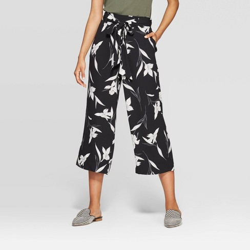 452be6d42852 ... pants are just way more comforting on those days where I'd rather bum  it in sweats! This pair is under $30 and the print is too cute! ...