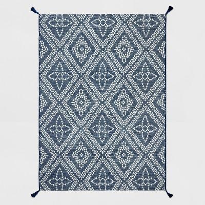 5' x 7' Dot Diamond Outdoor Rug Blue - Threshold™