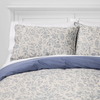Full/Queen Floral Matelasse Duvet Cover Set Blue - Threshold™