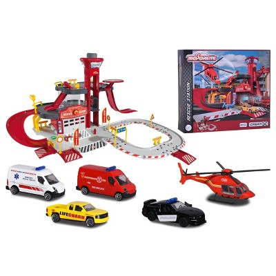 Majorette Creatix Rescue Station with 5-Pack 1:64 Scale Die-Cast Vehicle