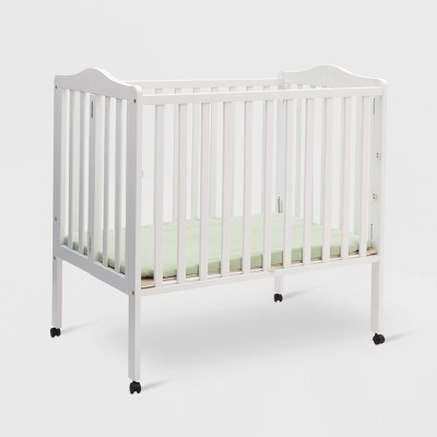 Delta Children Portable Mini Crib - White