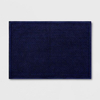 30 x21  Performance Solid Bath Mat Navy Blue - Threshold™