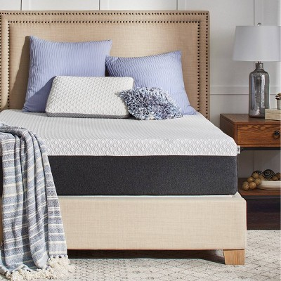 """12"""" Hybrid Memory Foam Mattress with Cool & Clean Cover - Sealy - Queen"""