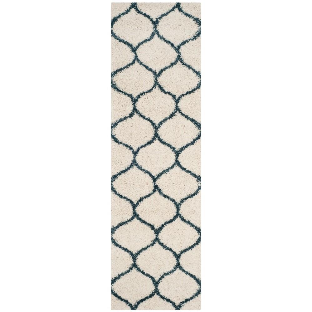 2'3X12' Quatrefoil Design Loomed Runner Rug Ivory/Slate Blue - Safavieh, White