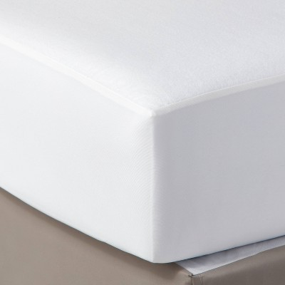 Mattress Protector Cover - Pillowfort™