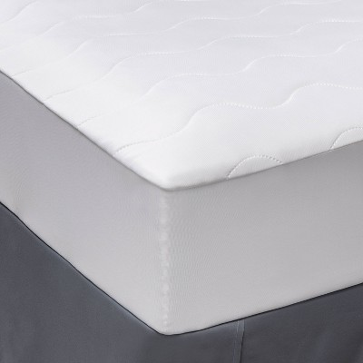 Machine Washable Cooling Waterproof Mattress Pad - Room Essentials™