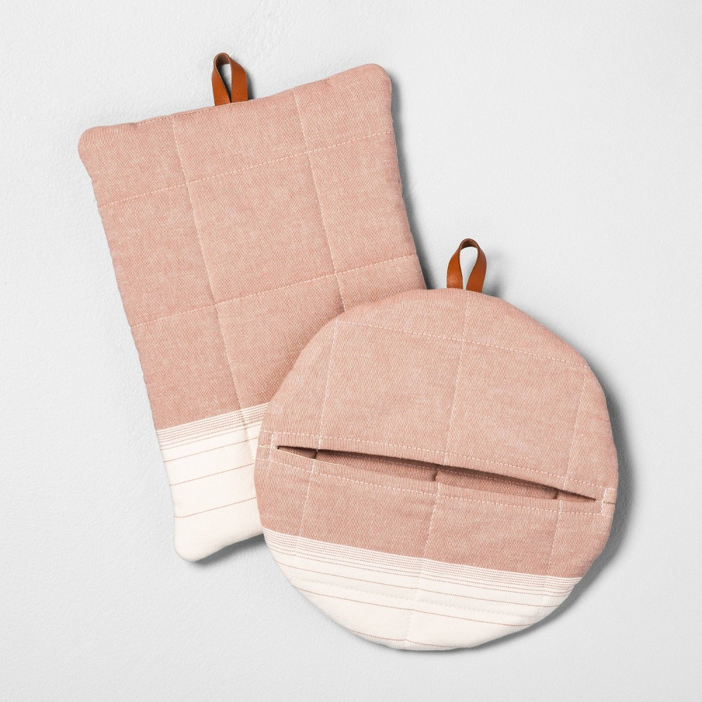 Image of 2pc Ombre Pot Holder Coral - Hearth & Hand with Magnolia