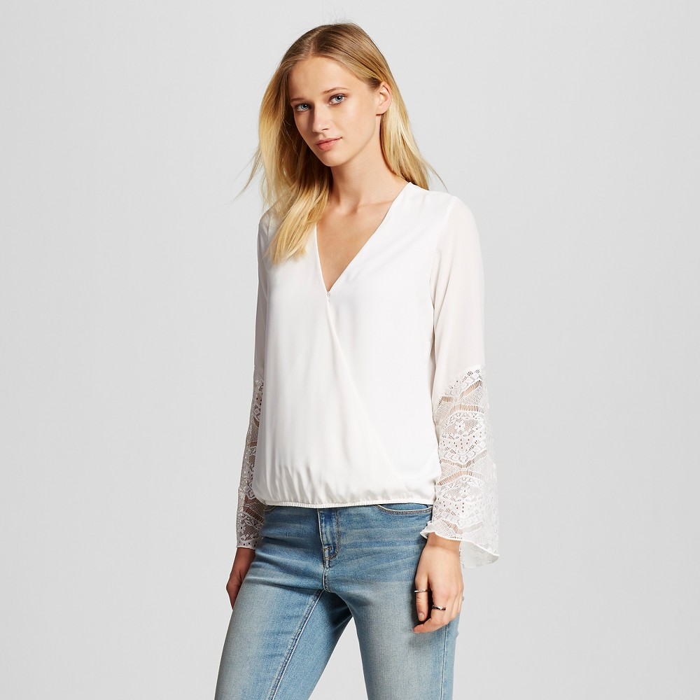 Women's Crepe Blouse with Lace Bell Sleeve Soft Pink S - Vanity Room