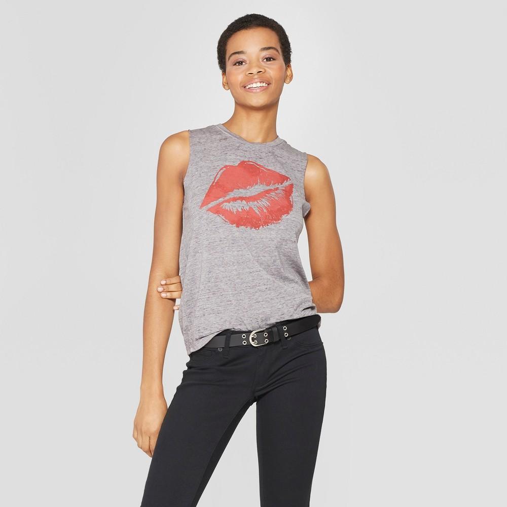 Women's Gloss Grin Kiss Tank Top - (Juniors') Fifth Sun - Gray L
