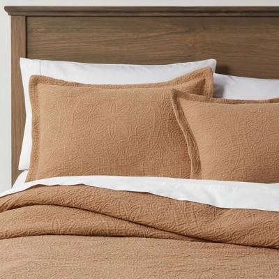 Matelasse Medallion Comforter Set - Threshold™