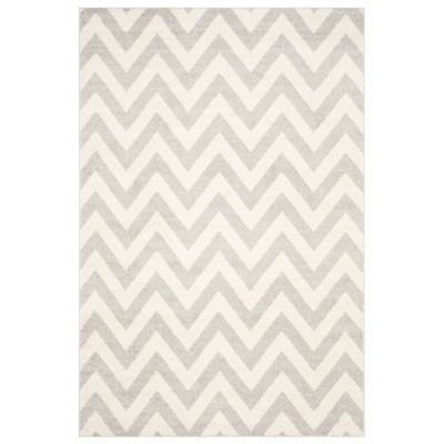 Rectangle 6'X9' Outdoor Patio Rug - Light Gray / Beige - Safavieh®