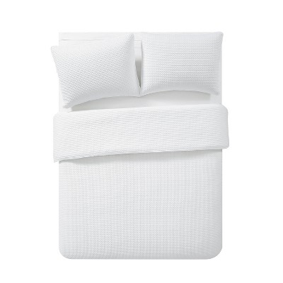 Full/Queen Waffle Pinsonic Quilt Set White - VCNY Home