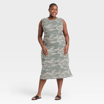 Women's Plus Size Sleeveless Dress - Universal Thread™
