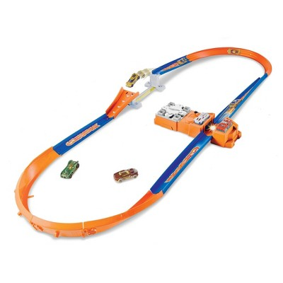Hot Wheels Flying Customs Hot Curves Super Jump Trackset