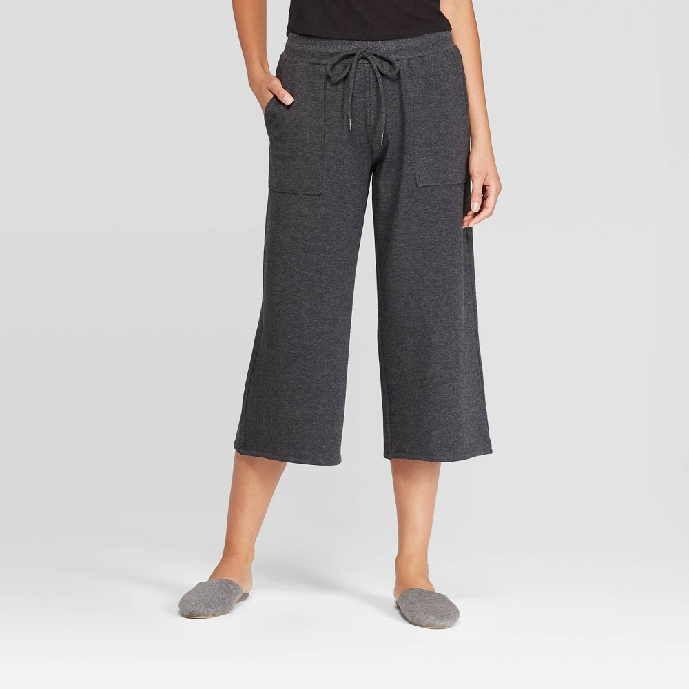 Image of Women's Beautifully Soft Fleece Cropped Wide Leg Lounge Pants - Stars Above Black XS, Women's