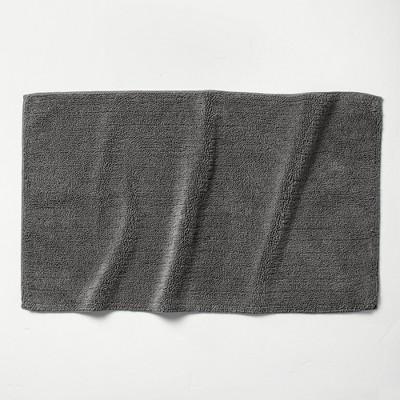 """24""""x40"""" Looped Bath Rug Dark Gray - Casaluna™"""