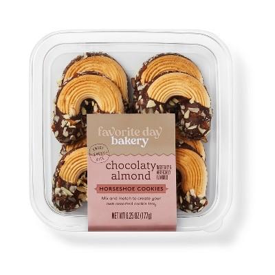 Chocolaty Almond Horseshoe Cookies - 6.25oz - Favorite Day™