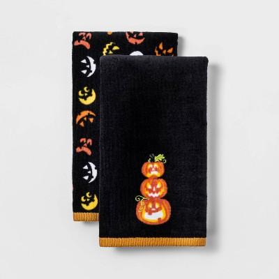 2pk Stacked Pumpkin Halloween Hand Towel Set Black - Hyde & EEK! Boutique™