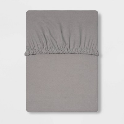 Queen 300 Thread Count Ultra Soft Fitted Sheet Gray - Threshold™