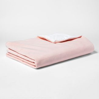 """60""""x40"""" 6lbs Waterproof Removable Cover Weighted Blanket Pink - Pillowfort™"""