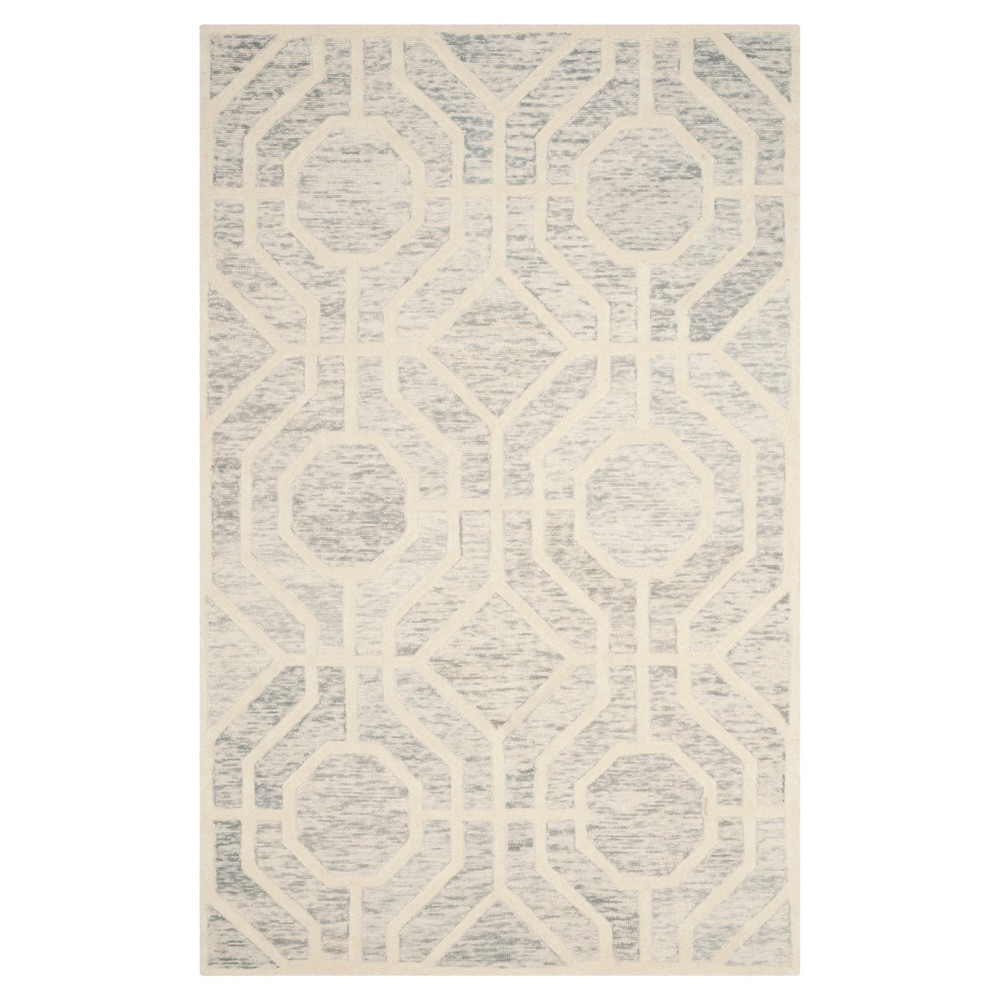 Light Gray/Ivory Geometric Tufted Area Rug - (4'X6') - Safavieh