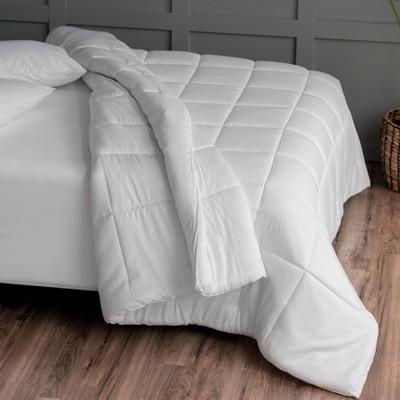 Martha Stewart - Utility Comforter