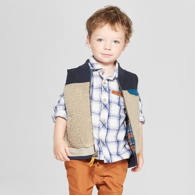Genuine Kids® from Oshkosh Toddler Boys' Sherpa Vest - Cream/Navy 18M