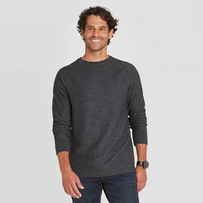 Men's Regular Fit Long Sleeve Textured Crew Neck T-Shirt - Goodfellow & Co™