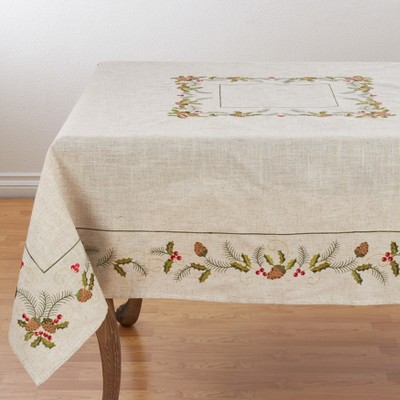 Saro Lifestyle Poly Blend Holiday Tablecloth With Pinecone And Holly Print