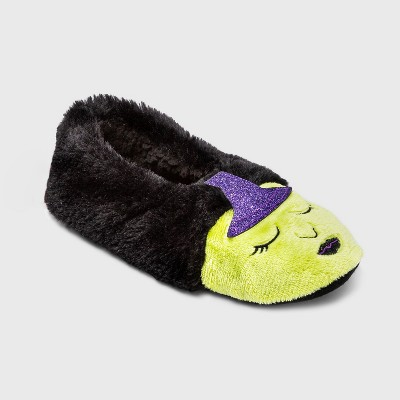 Women's Witch Faux Fur Pull-On Slipper Socks with Grippers - Hyde & EEK! Boutique™ Black