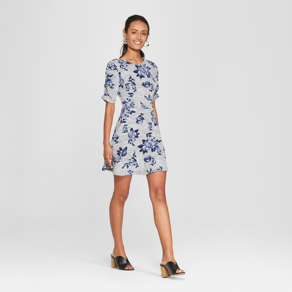 Women's Floral Print Short Sleeve Knit Hacci Dress - Lots of Love by Speechless (Juniors') Gray/Blue L, Blue Gray