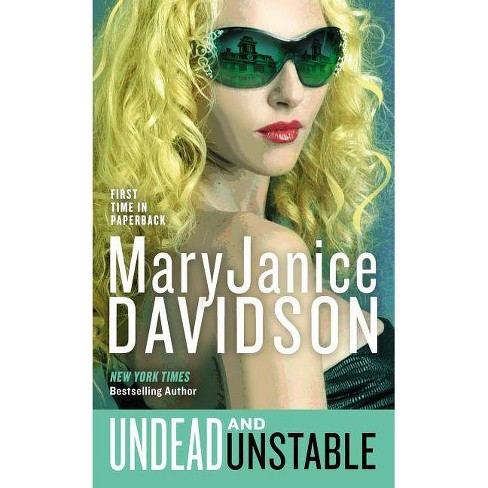 Undead and Unstable - by  Maryjanice Davidson (Paperback) - image 1 of 1