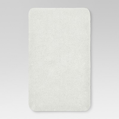 34 x20  Performance Nylon Bath Rug White - Threshold™