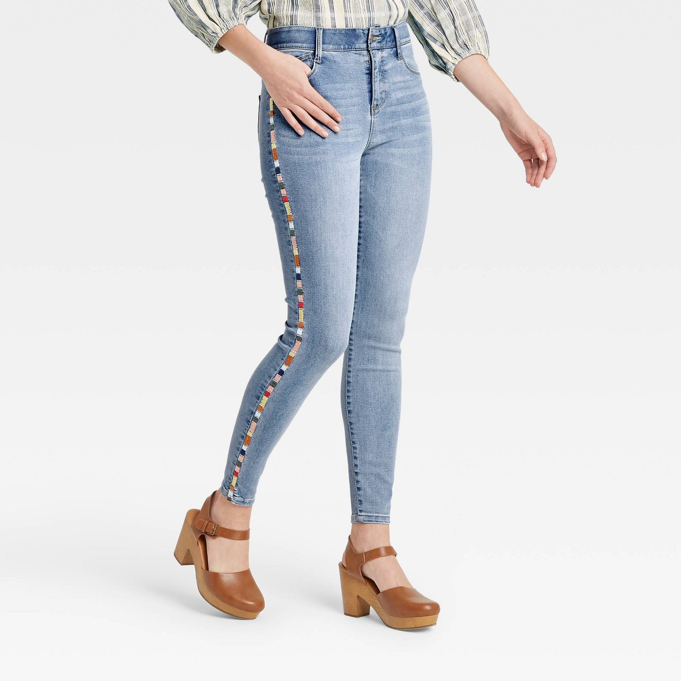 Women's Mid-Rise Embroidered Denim Ankle Pants - Knox Rose™ - image 1 of 6