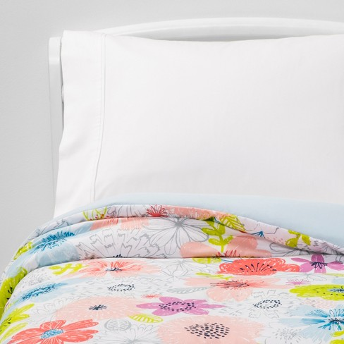 Toddler Fairytale Field Microfiber Comforter - Pillowfort™ - image 1 of 3