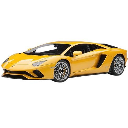 Lamborghini Aventador S New Giallo Orion Pearl Yellow 1 18 Model