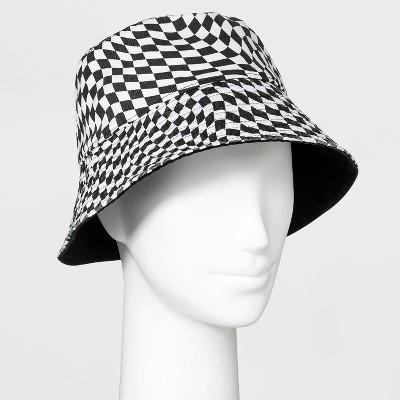 Women's Reversible Warped Check Pattern Bucket Hat - Wild Fable™ Black/White