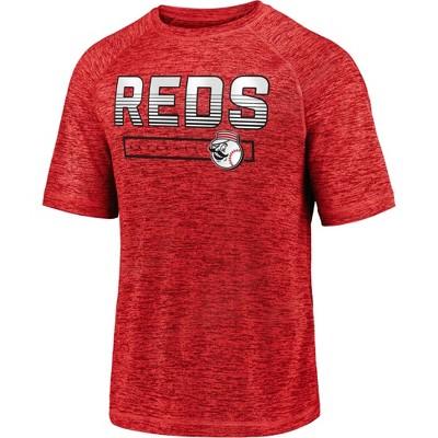 MLB Cincinnati Reds Men's Short Sleeve Striated Athleisure T-Shirt