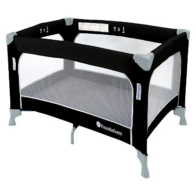 Foundations Snug Fresh Celebrity Portable Playard – Graphite