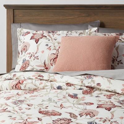 Family Friendly Floral 8pc Comforter & Sheet Bundle - Threshold™