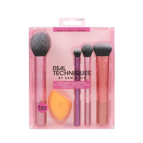 Real Techniques Everyday Essentials Brush Kit - 5pc - image 1 of 4
